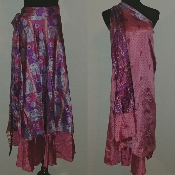 2b0a791f0d567 Reversible Indian Silk Sari Wrap Skirt One Size. M 5bbd6aeb0cb5aaa1a56c3dc7